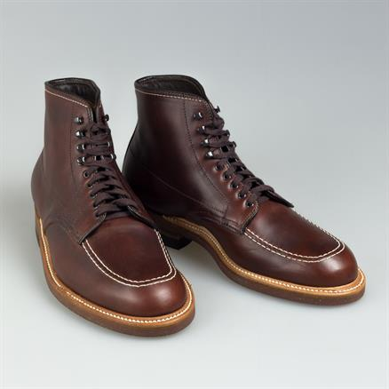 Alden Indyboot dark pull-up