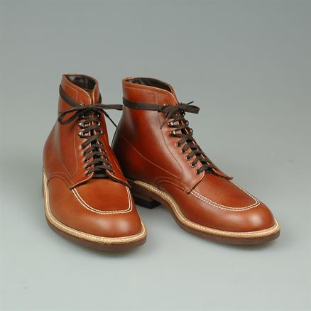 Alden Indyboot light pull-up