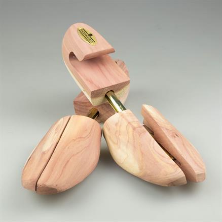 Roch. Shoe-Tree Co Shoe tree cedar wood