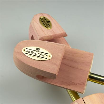 Roch. Shoe-Tree Co Shoe tree cedar wood
