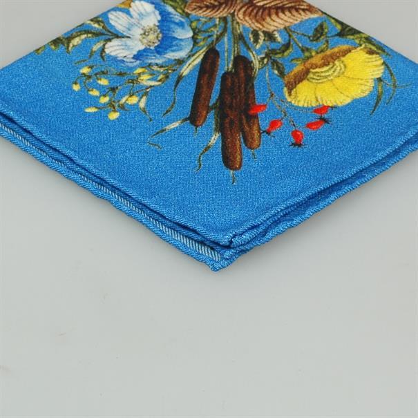 Shoes & Shirts Pocket square flowers