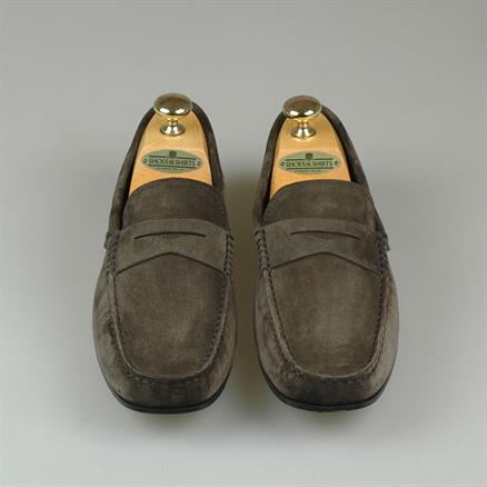 Tod's Gommino driving suede
