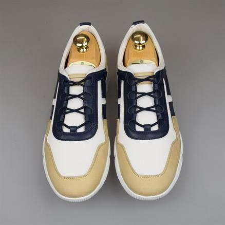 Tod's Sneaker light wearing